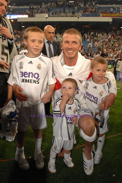 David Beckham Says Goodbye To Real Madrid with his boys
