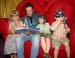 Jeff Probst Reading to the kids