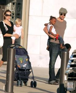 Angelina and Brad with Shiloh and Zahara