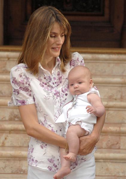 Princess Letizia And Sophia Growing Your Baby