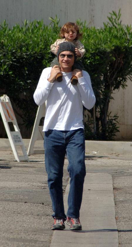 **EXCLUSIVE**Jason Bateman has a fun day out with his daughter, Francesca Nora, at the Studio City Farmer's market, Los Angeles