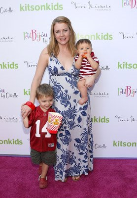 Actress+Melissa+Joan+Hart,+Braydon+and+Mason