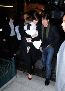 Tom and Katie with Suri and Isabella