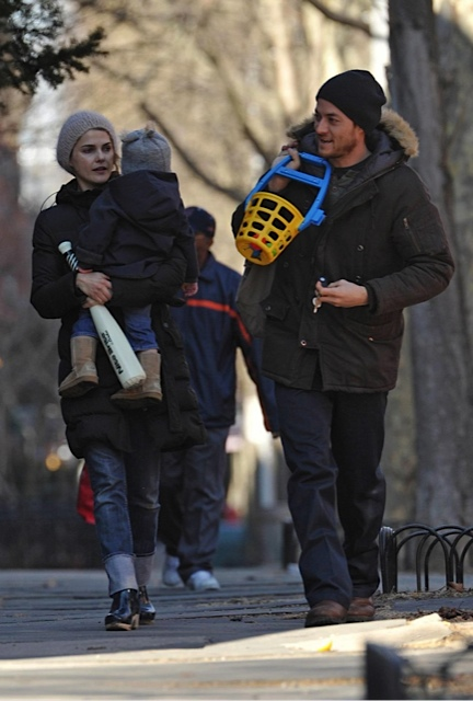 Keri Russell and Shane Dreary with son River