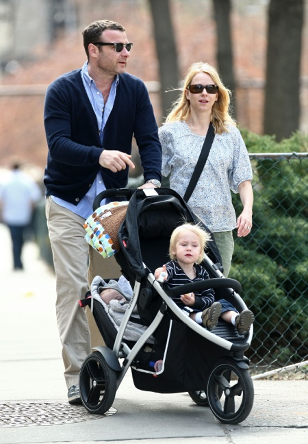 """Alexander """"Sasha"""" Pete Schreiber points just like his father Liev Schreiber while out and about with mom Naomi Watts in NYC"""