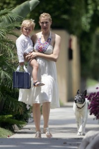 Kelly Rutherford out with son Hermes