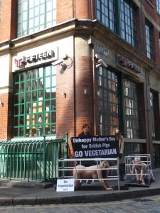 PETA Holds A Naked, Pregnant Protest Outside Jamie Oliver's Restaurant