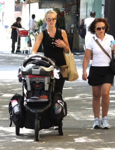 Elisabeth and Isaiah Stroll in NYC