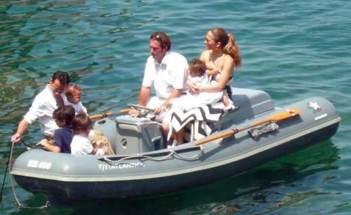 Jennifer & Marc Take Their Kids Boating in St. Tropez