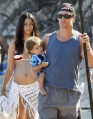 Family Day At The Beach For The McConaugheys