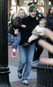 Jennifer Garner and daughters Seraphina & Violet visit Ben on set
