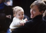Jennifer Garner & daughter Seraphina visit Ben on set