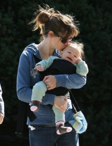 Jennifer Garner out for a stroll with baby Seraphina