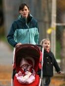Jennifer Garner strolls in Boston with her daughter Seraphina & Violet Affleck