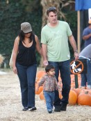Roundup: Celebrity Pumpkin Picking Weekend!
