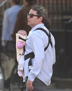 Matthew Broderick Is A Babywearing Daddy