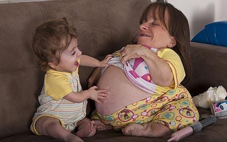 Foods To Eat While Breastfeeding To Help Baby Poop
