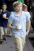Brooklyn Beckham out with his family for Frozen Yogurt in LA
