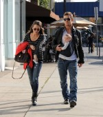 Cam Gigandet and his wife Dominique stroll with their daughter Everleigh