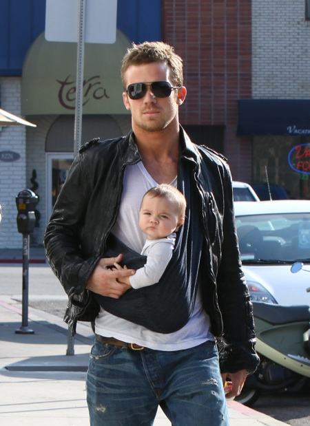 Cam Gigandet  & Family at Toast Bakery and Cafe