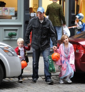 Ed Burns Trick or treats with kids Grace and Finn