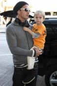 Gavin and Zuma Rossdale at the airport