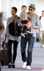 Halle Berry and Gabriel Aubry with daughter Nahla
