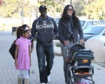 Kimora Lee Simmons and Djimon Hounsou with son Kenzo and daughter Ming & Aoki