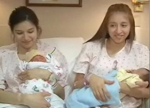 Two sisters, Two babies, Minutes apart