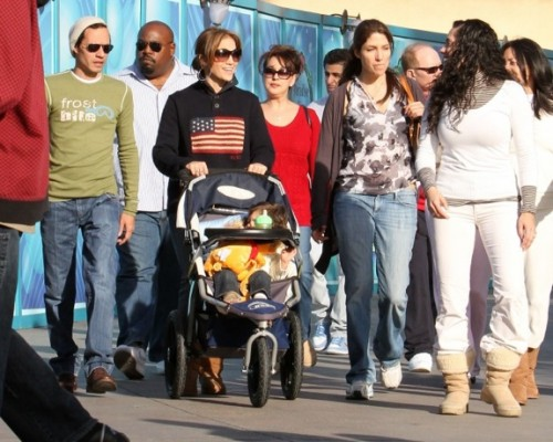 Marc Anthony And Jennifer Lopez spend Christmas Eve at Disneyland with their twins