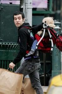 Pete Wentz backpacks son Bronx in NYC