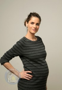 Amanda Peet Shows Off Her Bump At Sundance!