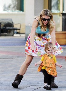 Busy Philipps and Daughter Birdie Play On Set