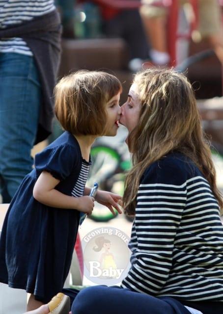 Amanda Peet and Daughter Frances Enjoy a Park Playdate