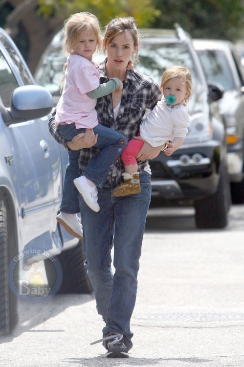 Jen Juggles Her Girls!