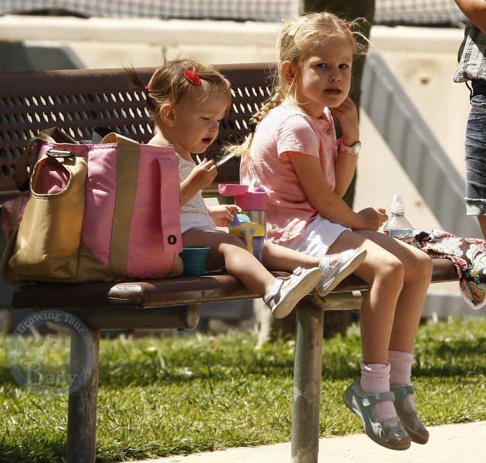 Violet and Seraphina Share A Seat!