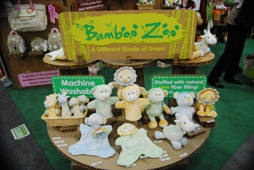 Dandelion's Bamboo Zoo Shows Different Shade of Green