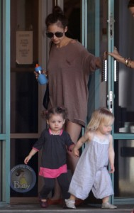 Jen and Harlow Have A Fit Kid Playdate!