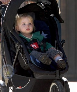 Naomi Watts and Her Boys Enjoy a Beautiful NYC Day!