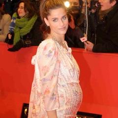 Amanda Peet Welcomes Baby #2 – A Girl!