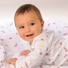 Magnificent Baby Introduces Magnetic-Fastening Closure Layette Collection