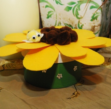 Craft Thursday: Sunflower Treasure Box