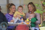 Brooke Mueller enjoying breakfast with her boys