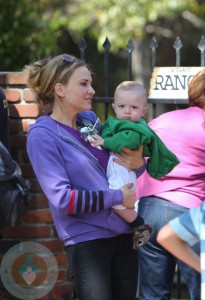 Brooke Mueller enjoying some time with her boys