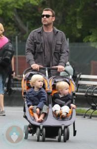 Liev Schreiber and sons Alexander and Samuel
