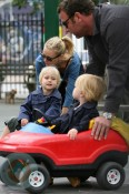 Naomi Watts and Liev Schreiber with sons Alexander and Samuel