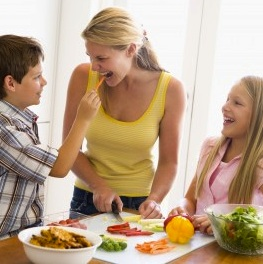 Experts Say Modeling Good Habits Key To Picky Eaters
