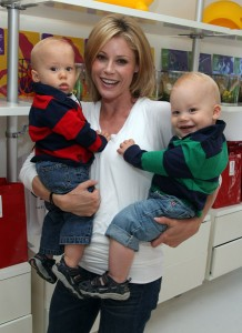 Actress Julie Bowen and her twins John (L) and Gus (R)