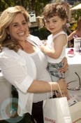 Actress Marissa Jaret Winokur and her son Zev
