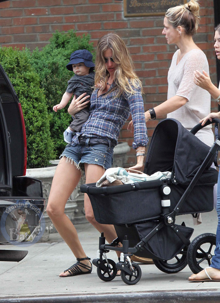 Gisele and son Benjamin Brady